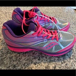 Saucony Sneakers (NEW! NEVER WORN!)
